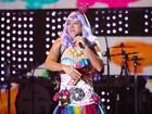 Rodrigo Faro se veste de Katy Perry em premiação