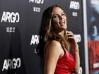 Jennifer Garner prestigia o marido, Ben Affleck, em première de filme