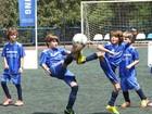 É gol! Filhos de famosos jogam futebol em evento beneficente em São Paulo