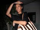 Rihanna chama ex de Chris Brown para conversar e ouve verdades, diz jornal