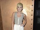 Decisão judicial impede que invasor se aproxime de Miley Cyrus, diz site