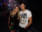 Ex-BBBs Flávia Viana e Fernando Justin curtem boate em São Paulo