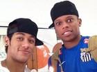 Neymar queima a 'pepeta' em solidariedade a Adauto, de 'Avenida'
