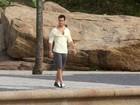 Emiliano D'Ávila tem dia de modelo em praia do Arpoador