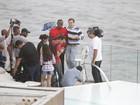Com o filho mais velho, Luciano Huck entrevista Usain Bolt no Rio