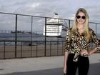 Bárbara Evans vai ao Fashion Rio e fala da magreza: 'Estou com saúde'