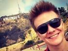 Michel Teló curte dia de turista durante viagem a Los Angeles