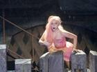 Lady Gaga driblou seguranças para curtir noite paulistana, diz jornal