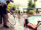 Carla Prata se inspira em Demi Moore para ensaio do Paparazzo