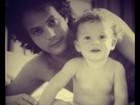 Tânia Mara posta fotos de Jayme Matarazzo bebê, com o pai