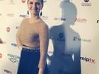 Fernanda Rodrigues comemora prêmio brasileiro no Emmy