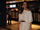 Delegada Helô faz Giovanna Antonelli ganhar cantada na rua