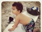 Daniele Suzuki posta foto do filho com prancha de surfe