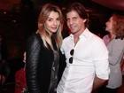 Ex-noivo de Iris Stefanelli, Jerônimo Teixeira, vai a festa acompanhado