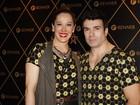 Claudia Raia vai com namorado a show de Madonna