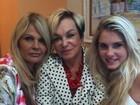 Três gerações: Monique Evans posa com a mãe e a filha, Bárbara
