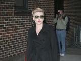 Scarlett Johansson vai ao programa de Dadid Letterman (Foto: Agência X17)