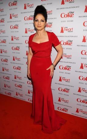Gloria Estefan no 'Heart Truth's Red Dress Collection' em Nova York, nos EUA (Foto: AFP/ Agência)