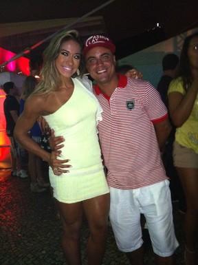 Ex-BBB Mayra Cardi com Biel Maciel em festa no Rio (Foto: EGO)