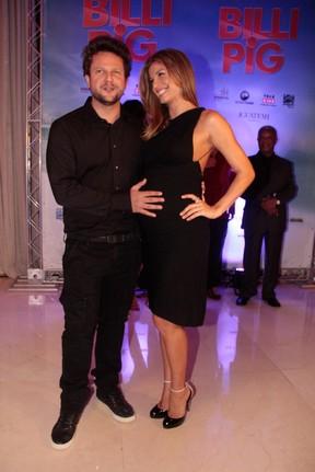 Selnton Mello e Grazi Massafera em pré-estreia de filme em São Paulo (Foto: Amauri Nehn/ Ag. News)