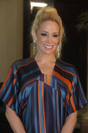 Danielle Winits em festa no Rio (Foto: Philippe Lima e Felipe Panfili / Ag. News)