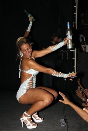Valesca Popozuda exibe corpão em show em São Gonçalo (Foto: Daniel Pinheiro/Divulgação)