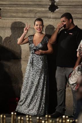 Fernanda Souza em gravação de 'Aquele Beijo' no Centro do Rio (Foto: Raphael Mesquita/ Photo Rio News)