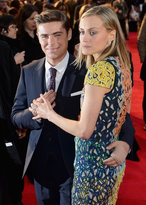 Zac Efron e Taylor Schilling em première do filme 'The Lucky One' em Londres, na Inglaterra (Foto: Getty Images/ Agência)
