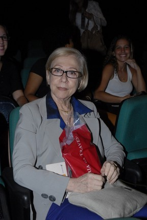 Fernanda Montenegro no teatro (Foto: Roberto Valverde/Photorionews)