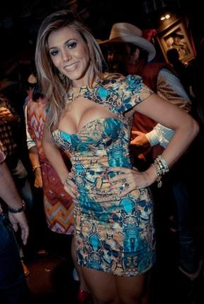 Ex-BBB Fabiana em evento em São José do Rio Preto, interior de São Paulo (Foto: Marcos Madi/ Divulgação)