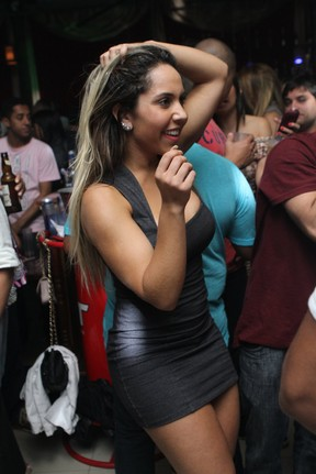 Mulher Melão em boate no Rio (Foto: Raphael Mesquita/ Divulgação)