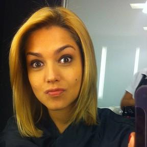 Thaís Fersoza posta última foto ainda com os cabelos loiros (Foto: Instagram / Reprodução)