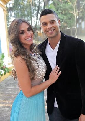 Nicole Bahls e Gustavo Salyer juntos em casamento (Foto: Divulgação)