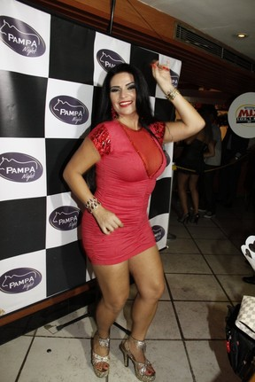 Solange Gomes no lançamento de revista, no Rio (Foto: Isac luz / EGO)