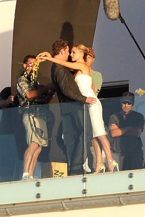 Natalie Portman e Michael Fassbender 'se casam' em filme (Foto: Grosby Group/Agência)