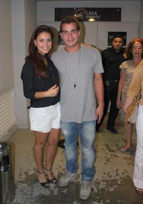 Paloma Bernardi e Thiago Martins em teatro no Rio (Foto: Fausto Candelária/ Ag. News)