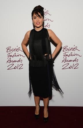 Salma Hayek em prêmio de moda em Londres, na Inglaterra (Foto: Ian Gavan/ Getty Images/ Agência)