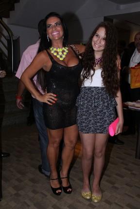 Solange Gomes com a filha, Stephanie, em evento em hotel no Rio (Foto: Alex Palarea/ Ag. News)