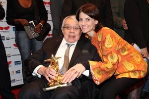 Chico Anysio com a mulher Malga Di Paula em premiação do Festival do Rio (Foto: Philippe Lima e Roberto Filho/ Ag.News)