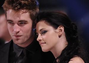 Kristen Stewart e Robert Pattinson  (Foto: Agência/Reuters)