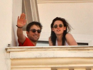 Galeria Kristen Stewart e Robert Pattinson - O casal no Brasil (Foto: Philippe Lima/AgNews)