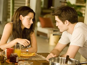Galeria Kristen Stewart e Robert Pattinson - O casal na trilogia Twilight (Foto: Summit Entertainment/Divulgação)