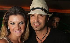 Latino e Mirella Santos (Foto: Marco Macedo/ Divulgação)