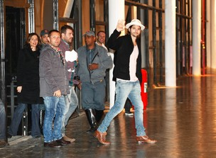 Ashton Kutcher chega a Bienal do Ibirapuera para desfilar na SPFW em maio (Foto: Marcos Serra Lima/Ego)