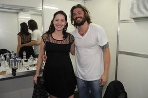 Dado Dolabella e a namorada grávida Juliana Wolter apões estreia de peça em Angra dos Reis (Foto: Thyago Andrade/ Photo Rio News)