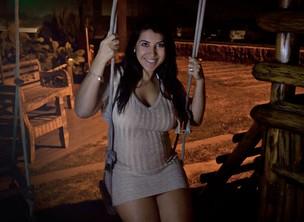 Priscila Pires posa para o EGO após anúncio da gravidez (Foto: Jessica Monstans / EGO)