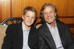 Marcello Novaes com o filho Pedro em evento de moda (Foto: André Muzell / AgNews)