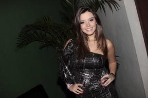 Giovanna Lancellotti no show de Naldo em uma boate na Zona Sul do Rio (Foto: Isac Luz/ EGO)