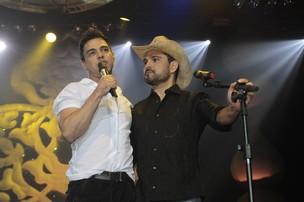 Zezé di Camargo e Luciano se apresentam no Rio (Foto: Isac Luz / EGO)