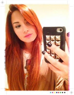 Demi Lovato posta foto com novo visual no Twitter (Foto: Twitter / Reprodução)